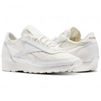 Reebok Aztec Shoes Womens White/Rose Gold BS6586
