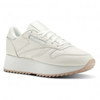 Reebok Classic Leather Shoes Womens Beige CN5491