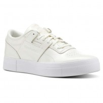Reebok Workout Lo Shoes Womens White CN5235