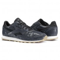 Reebok Classic Leather Shoes Womens Black BS8229
